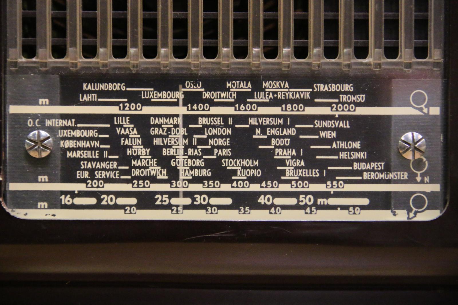 Philips BX 210 U schaal