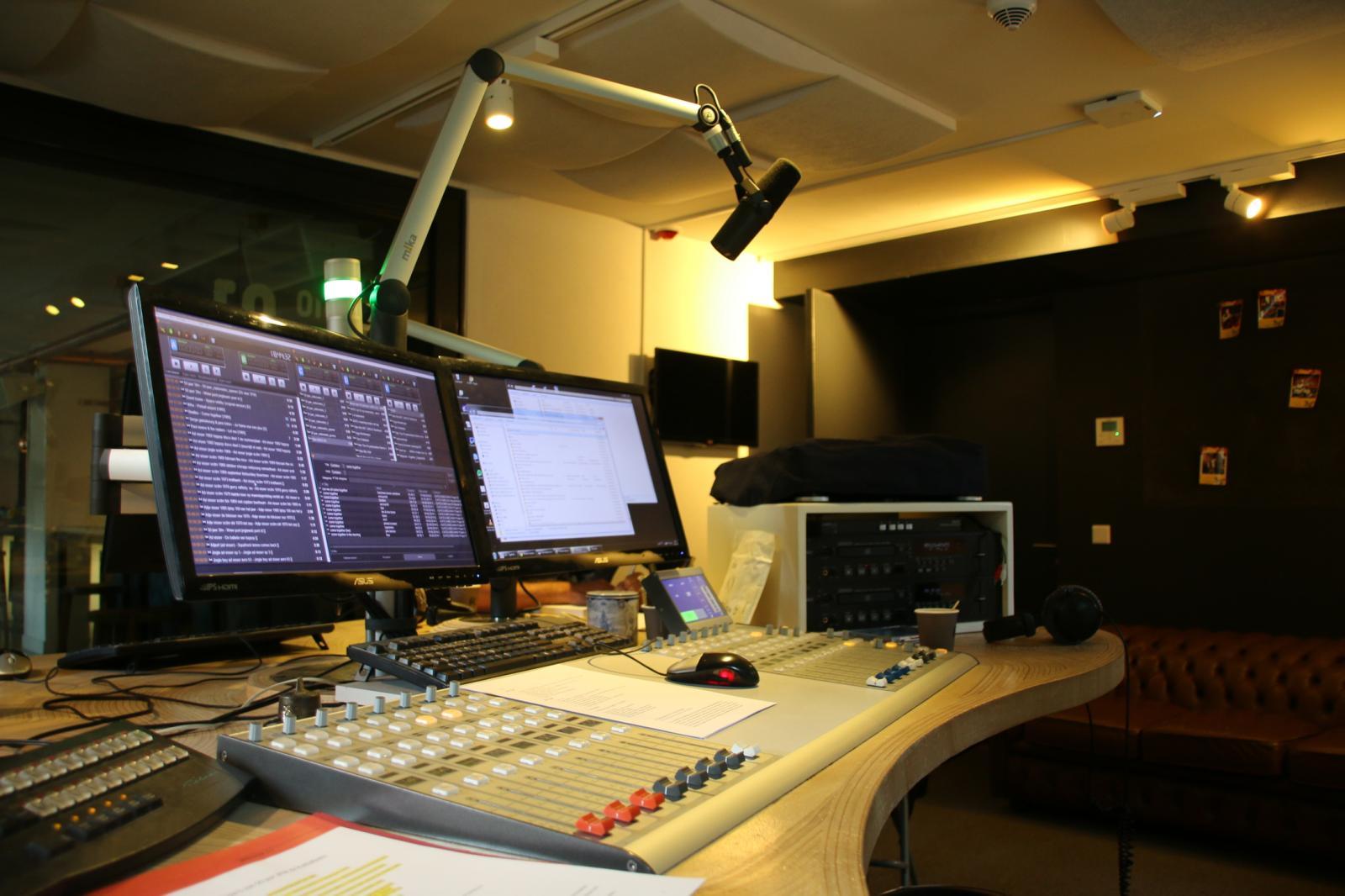 KX Radio - 26-08-2015 - 50 jaar 3FM met Ad Visser