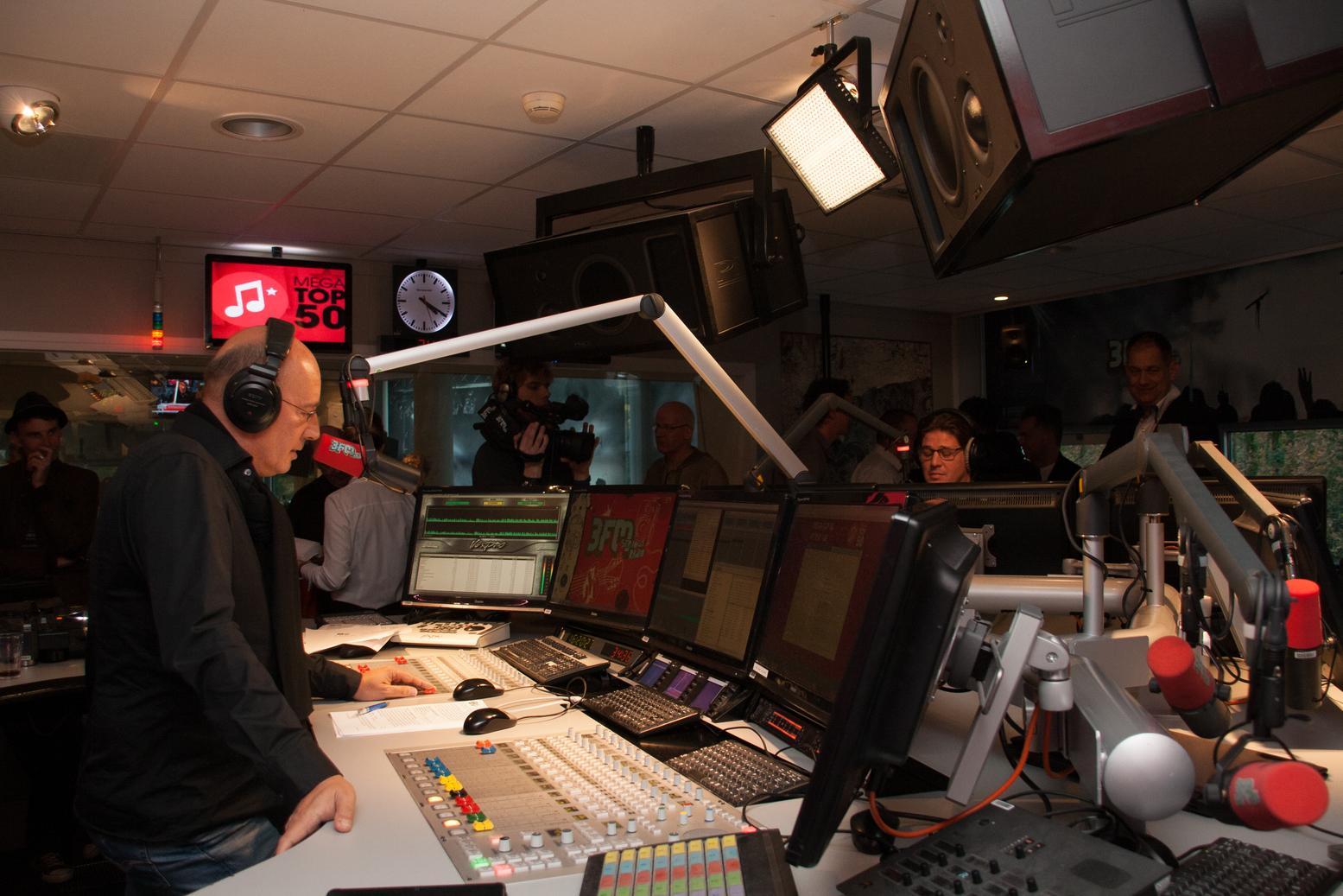 2013-11-30-3FM-MegaTop50-619.jpg