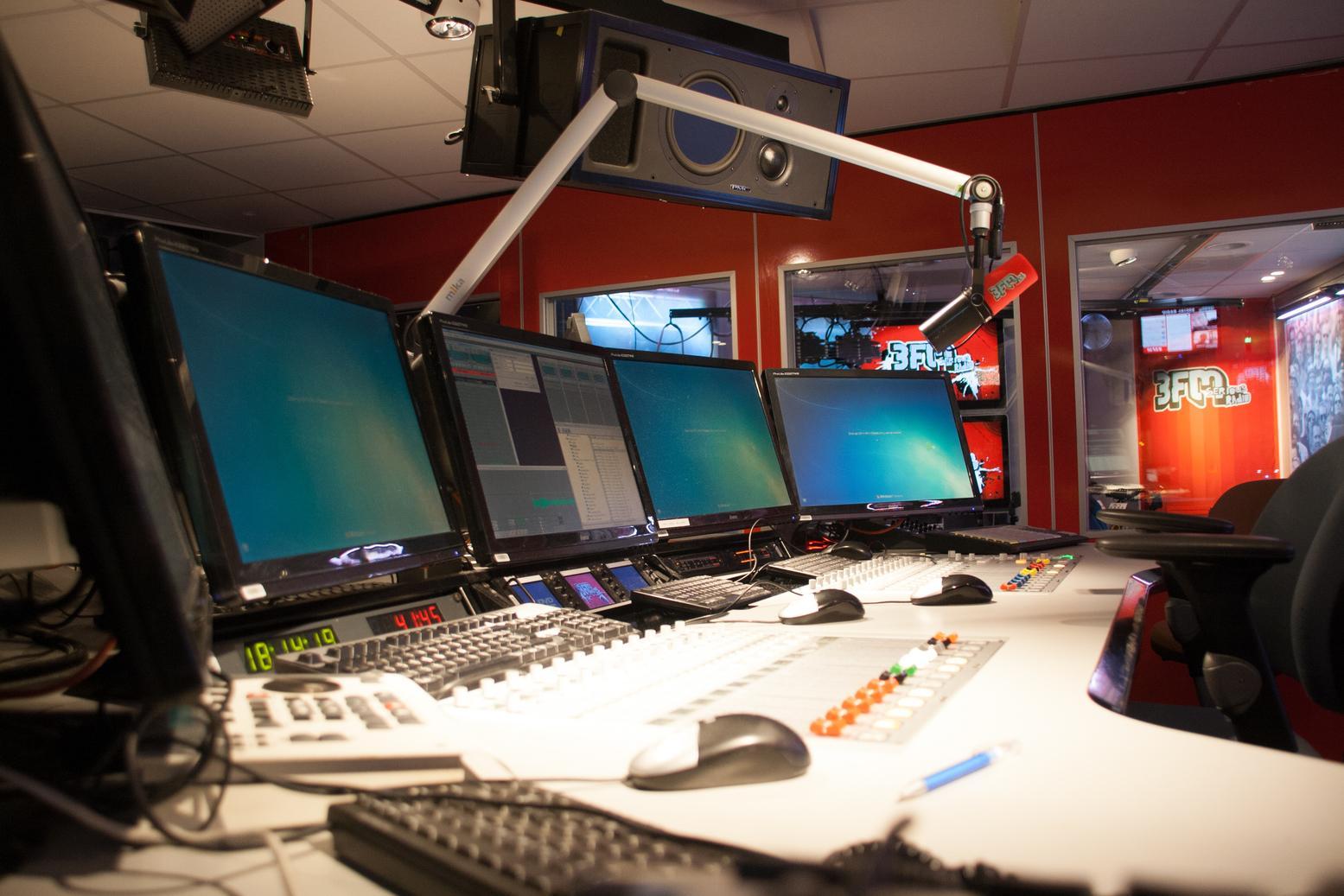 2013-11-30-3FM-MegaTop50-682.jpg