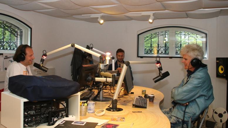 Arjan-Snijders-en-Ad-Visser-tijdens-50-jaar-3FM-foto-Vincent-Schriel.jpg