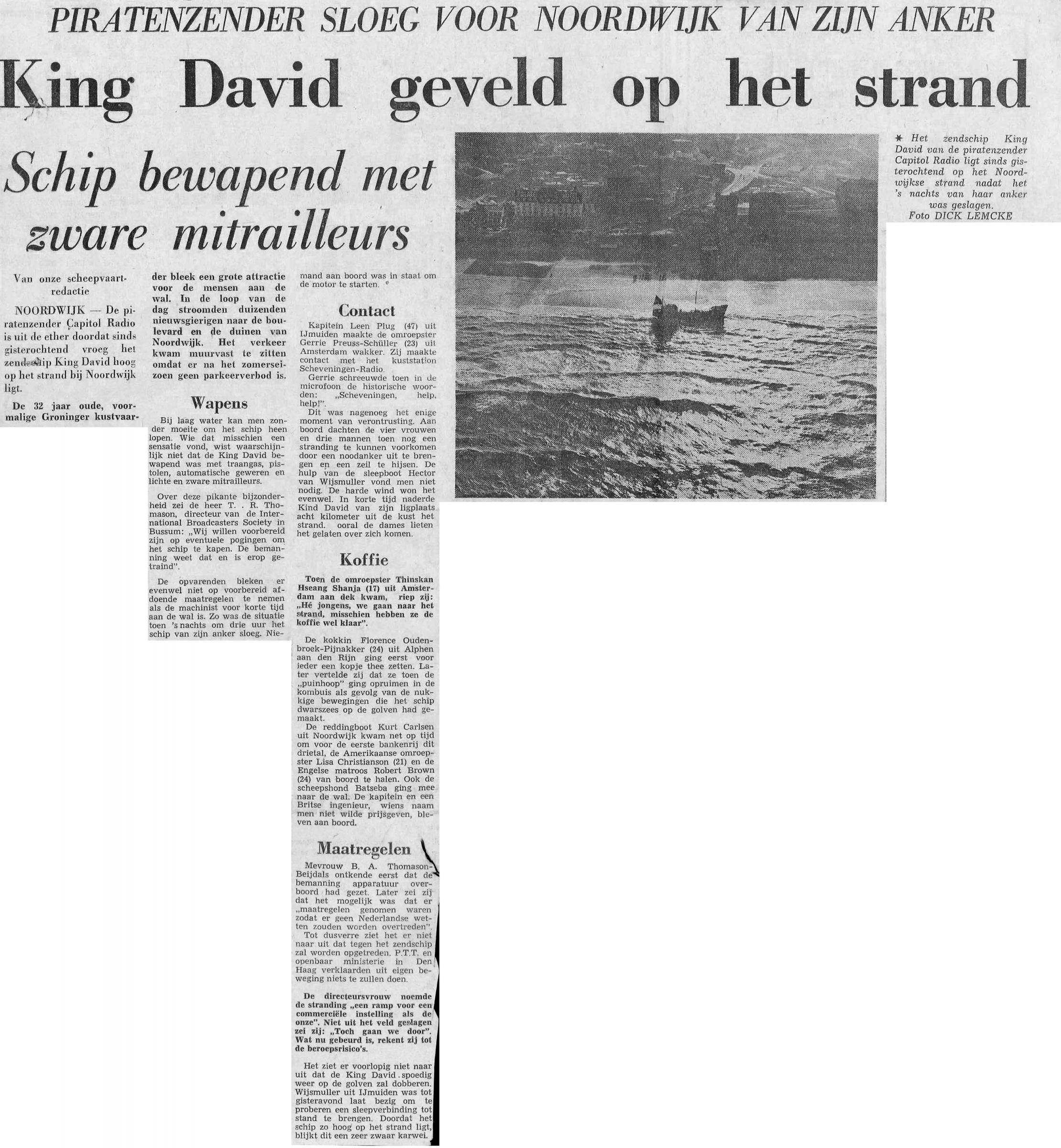 19701112_RG_King David geveld op strand.jpg