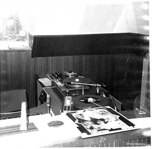 1973 Veronica studio4_02a.jpg