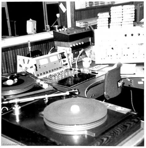 1973 Veronica studio4_01a.jpg