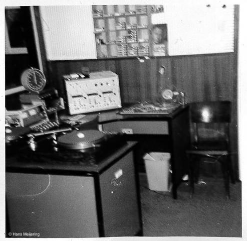 1973 Veronica studio3_05a.jpg