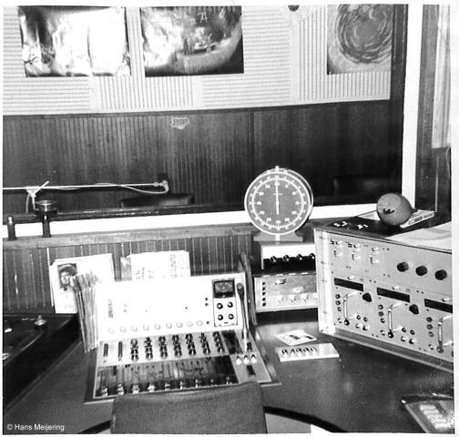 1973 Veronica studio3_02a.jpg