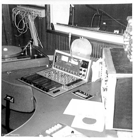 1973 Veronica studio2_01a.jpg
