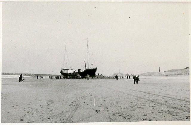 197304_stranding Remco ten Bruggencate04.jpg