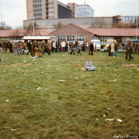 13_18 april 1973 Malieveld ending cold and wet.jpg