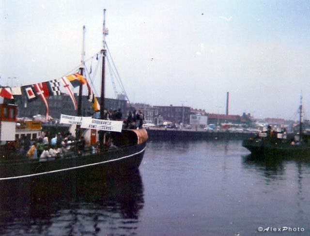 50_310874 Scheveningen harbour 04.jpg
