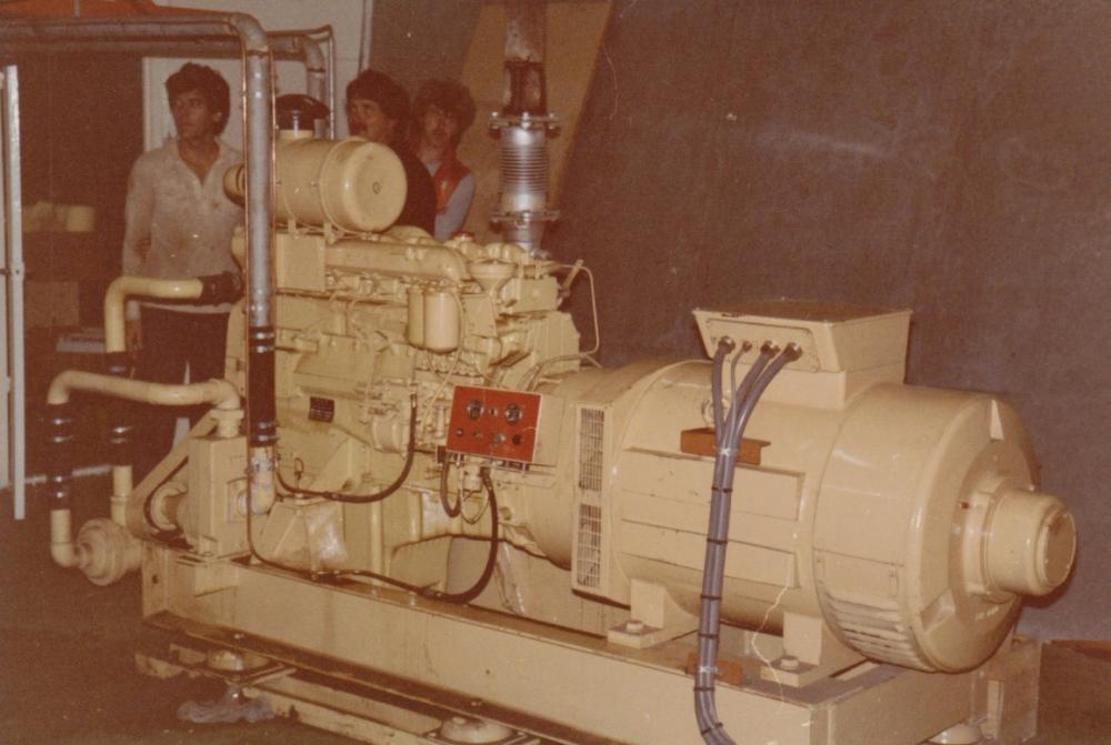 MAN generator Ross Revenge 1983 Gerard van Dam, Peter Chicago.jpg