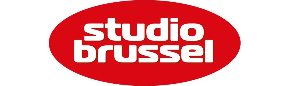 Studio Brussel zet jong, Belgisch muzikaal talent live op trein, tram en bus