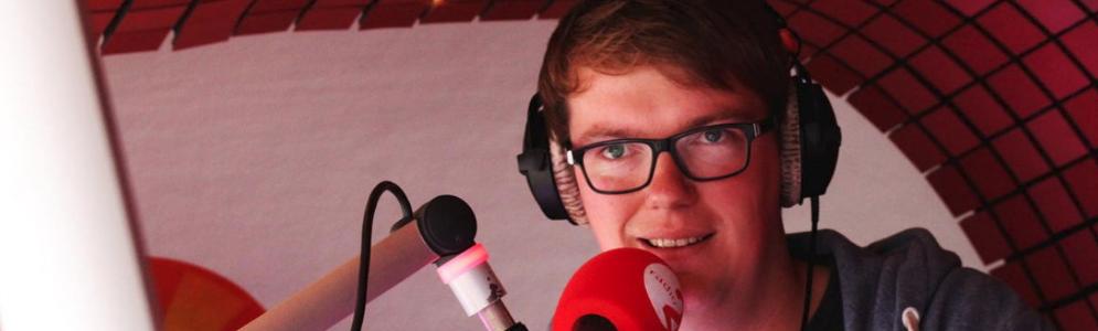 Jens Lemant wordt de nieuwe stem van Start je dag bij Radio 2 West-Vlaanderen