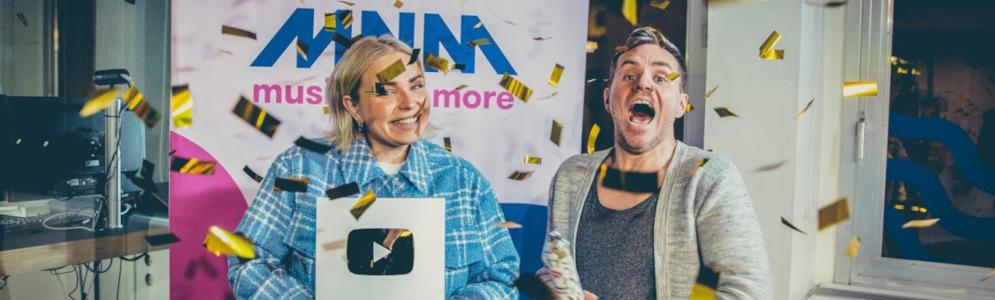 MNM ontvangt Silver Creator Award van YouTube