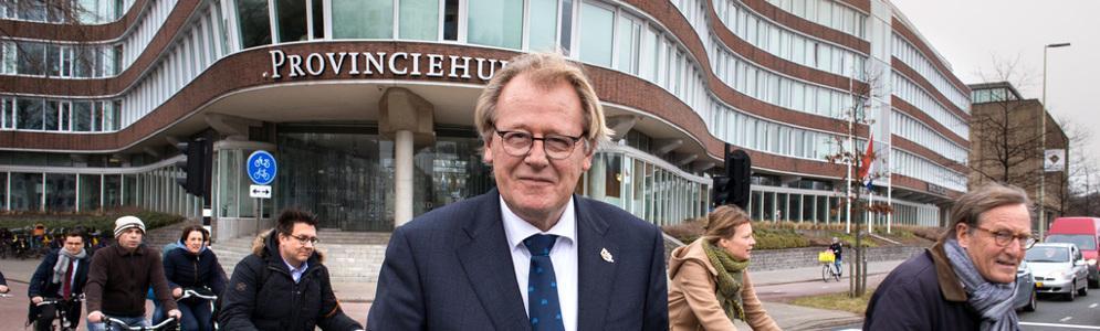 Commissaris van de Koning Jaap Smit voor één dag hoofdredacteur bij RTV Rijnmond
