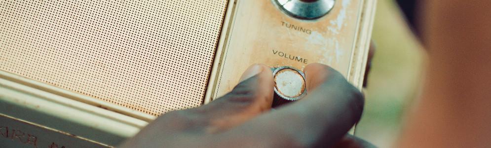 Column Hans Knot: Herinneringen aan Amerikaanse radio (1)