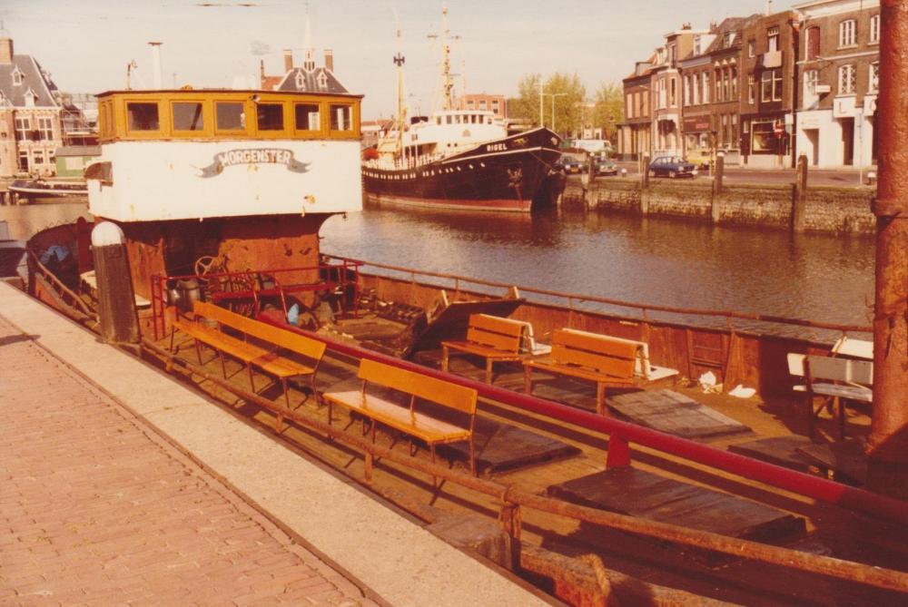 Delmare Morgenster Maassluis maart 1981 3.jpg