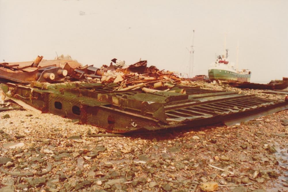 bodemplaat MV magdalena bij Van der Maarel 1982.jpeg