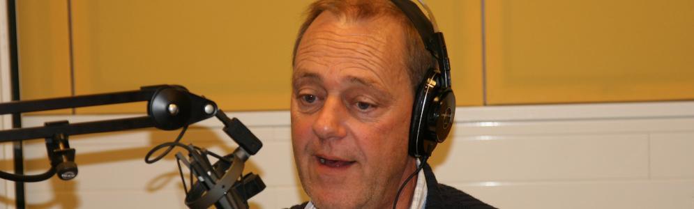 Oud-Radio Rijnmond-presentator Hans van Vliet overleden