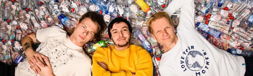 Sander, Sahil en Menno lanceren de track 'Kraanwater' tegen plastic wegwerpflesjes