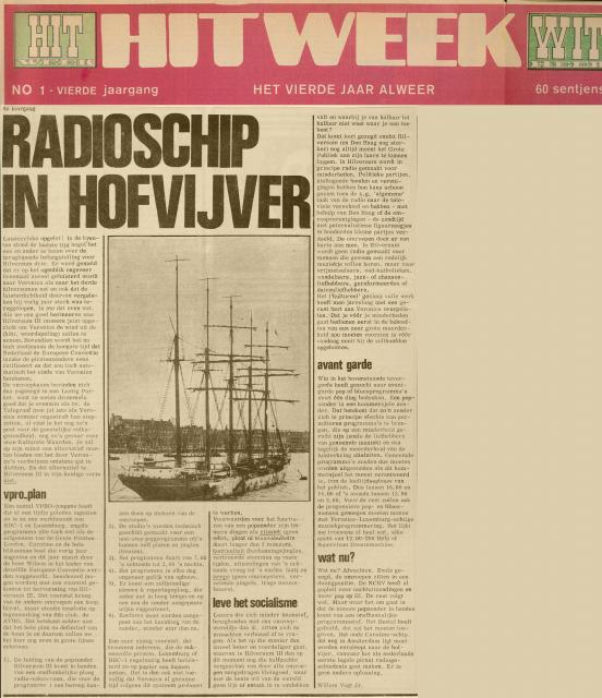 19680920 Hitweek Radioschip in hofvijver.jpg