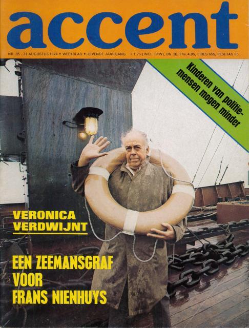 19740831 Accent zeemansgraf voor Frans Nienhuys 01.jpg