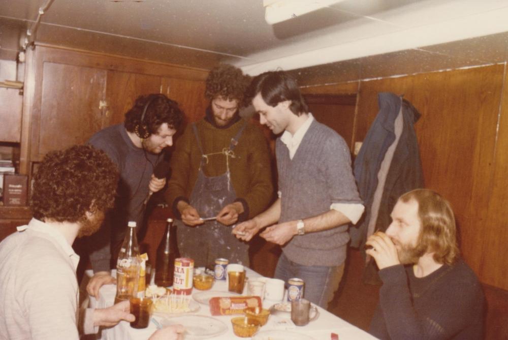 Dart competition Easter 1985 Ross Revenge Simon Barrett,Johnny Lewis,Tony,Peter Philips,Mike Barrington.jpg
