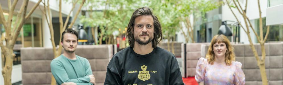 Maarten & Dorothee stellen De 10 Meest Gegoogelde Vragen aan Mathieu Terryn voor I Love the 10's Top 500