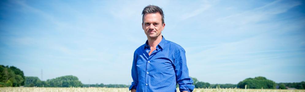 Lieven Van Gils maakt zomers boekenprogramma op Radio 1