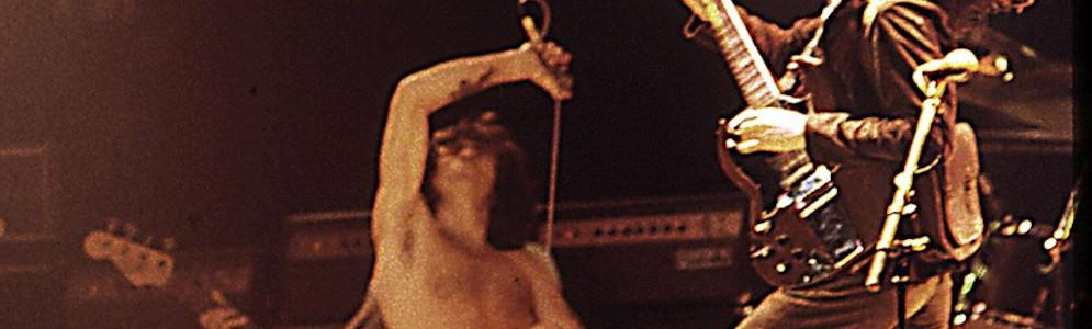 Willy-luisteraars zetten AC/DC op één in de eerste Riff Top 100