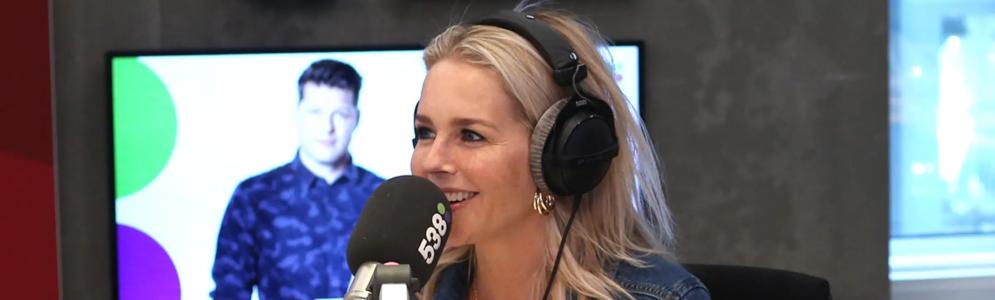 Chantal Janzen mooiste vrouwenstem van Nederland