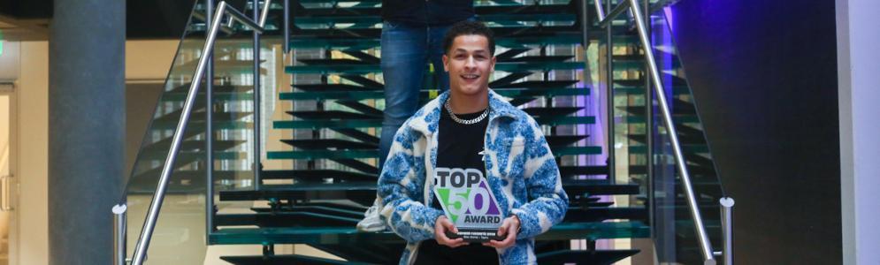 538-luisteraars bekronen 'Tiger King' Bilal Wahib met '538 TOP 50 Member Favourite Award'